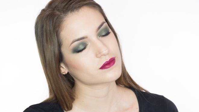 bottle_green_mac_cosmetics